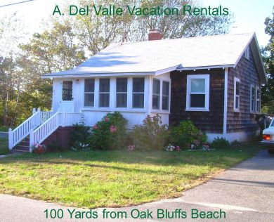 A wonderful Cape Cod cottage is a two-minute walk to the beach and town